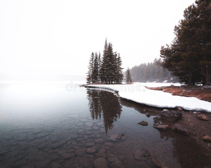 一场冷的冬天风暴的Two杰克湖 图库摄影
