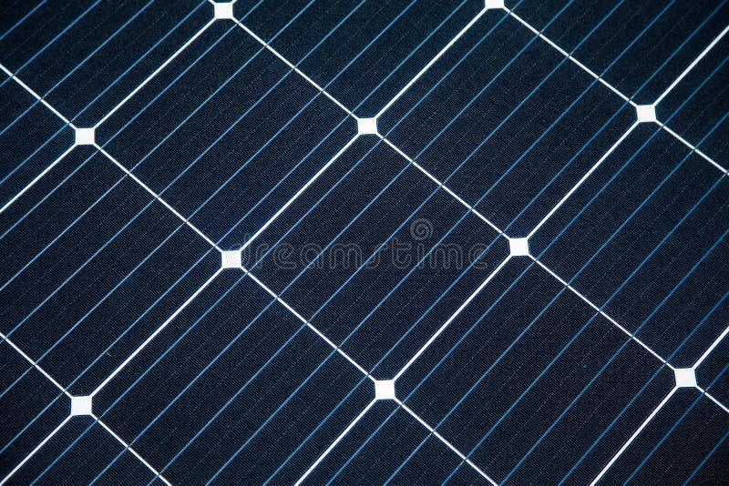 一块新的太阳电池板的特写镜头 Renewabvle能量,生态解答 电力生产 免版税库存照片