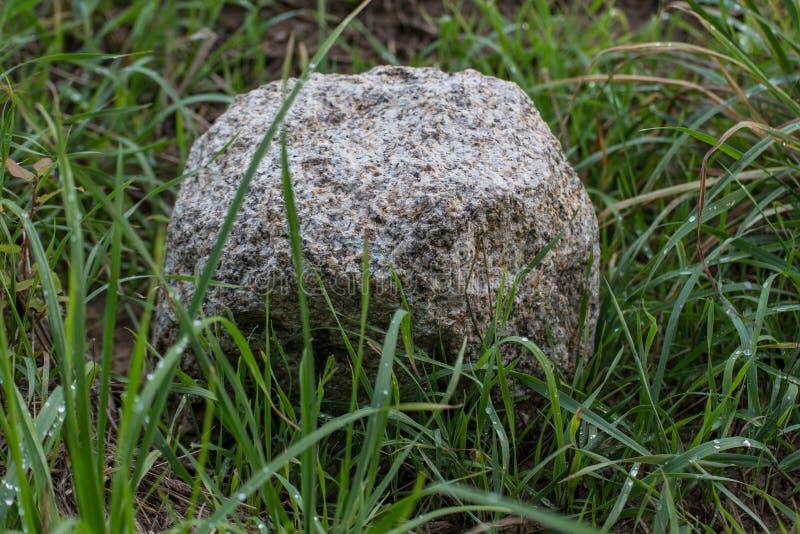 一块老界限石头 库存照片