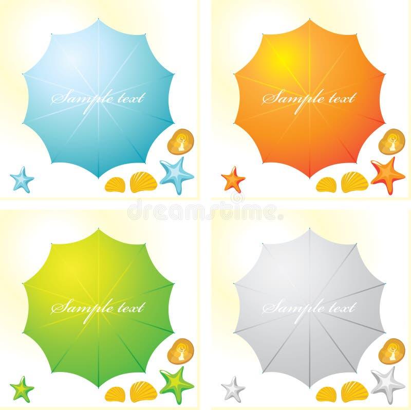 一套四个五颜六色的海滩遮阳伞和贝壳 皇族释放例证