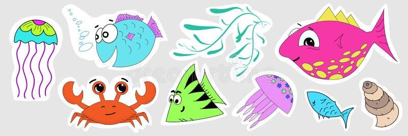 一套海洋居民贴纸  鱼,螃蟹,水母,海草,贝壳的婴孩例证 库存例证