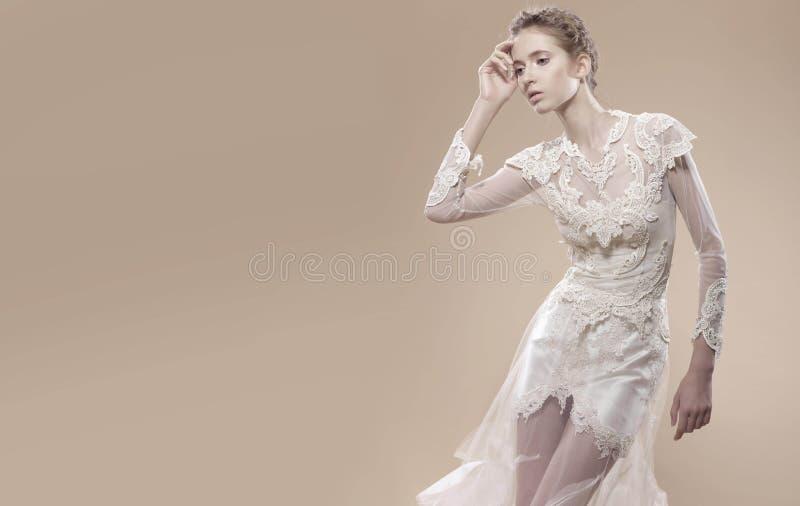 年轻新娘 库存照片