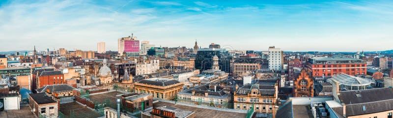 一宽被缝的全景看在大厦在格拉斯哥市中心,苏格兰 免版税库存图片