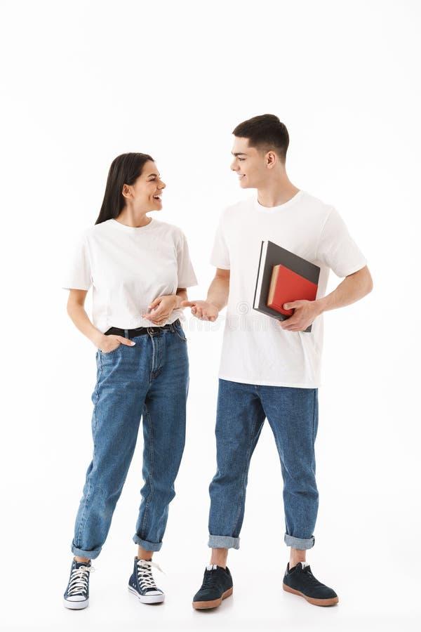 一对年轻有吸引力的夫妇的全长画象 库存图片
