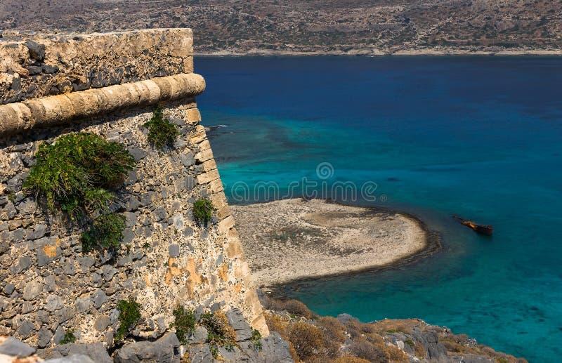 一座山的老堡垒在格拉姆武萨群岛上面viev 免版税库存图片