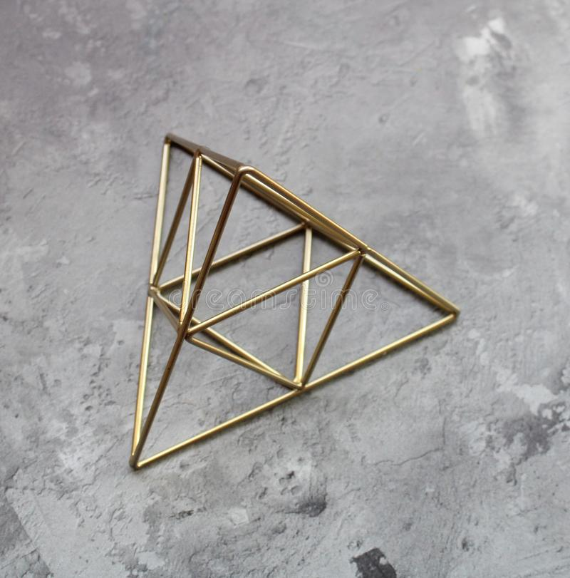 一座金黄金字塔 库存图片