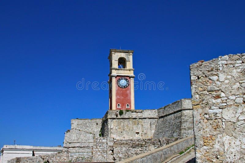 一座钟楼在老堡垒在科孚岛镇,科孚岛,希腊 库存图片