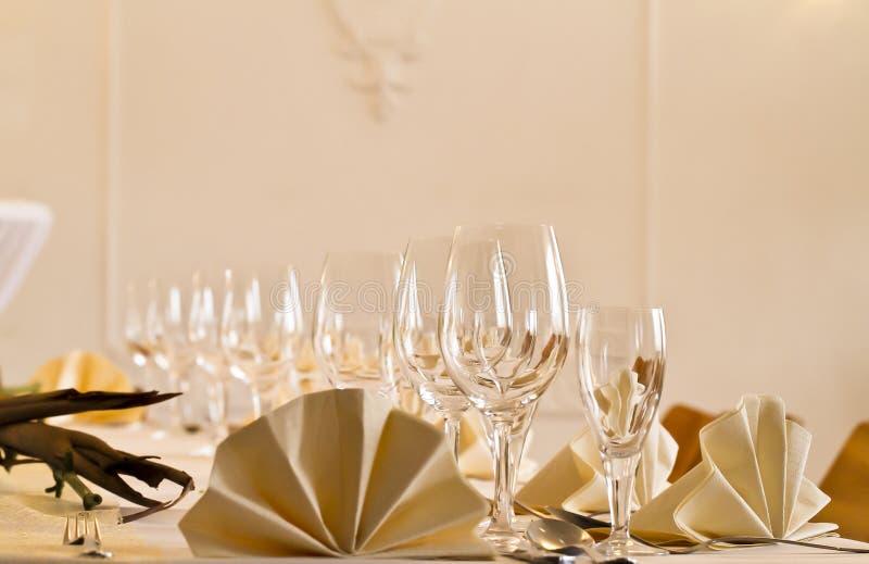 一张欢乐桌在餐馆2 免版税图库摄影