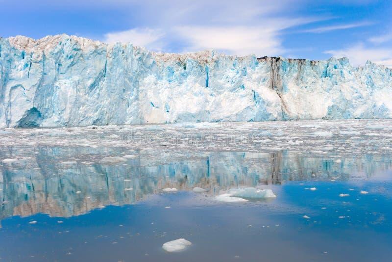 一张美丽的冰川面孔在阿拉斯加 免版税库存图片