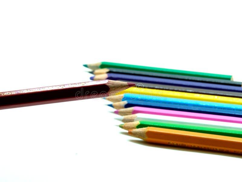 一支颜色铅笔和其他在背景中 库存图片