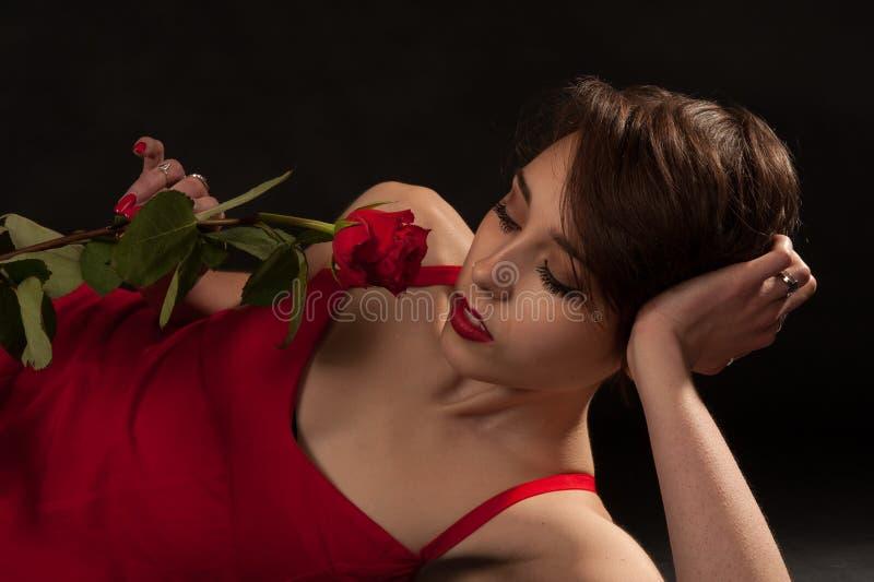 一朵玫瑰为情人节 免版税图库摄影