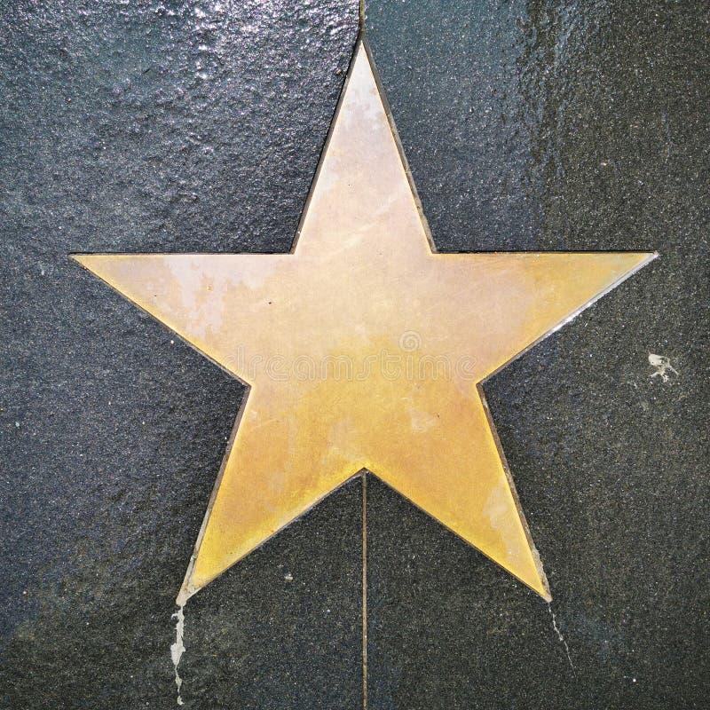 一条小径的表面上的一个空的星,象在好莱坞大道的星 向量例证