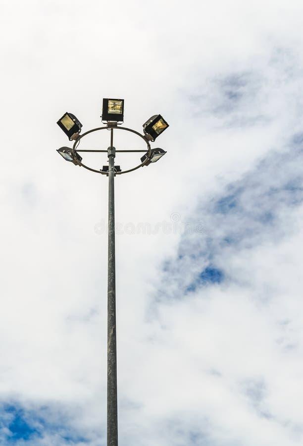 一根高路灯柱 免版税库存图片