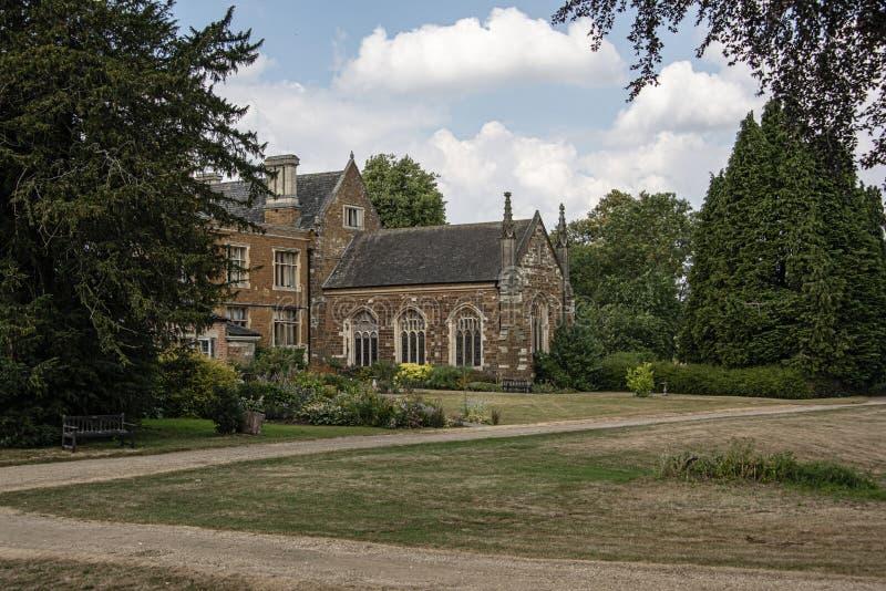 一次克伦威尔家庭的家和一个基督徒撤退Launde修道院由理查露头现在建立1119,皇家官员  库存图片