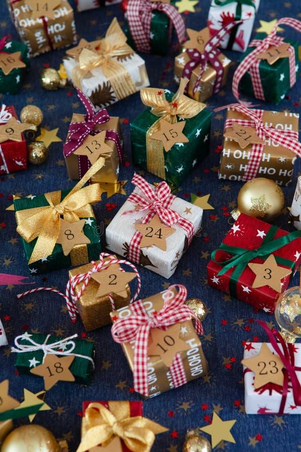 一点圣诞节的欢乐礼物 免版税图库摄影