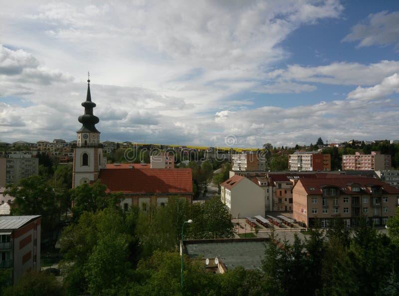 一点城市在西部斯洛伐克,米亚瓦河 免版税库存图片