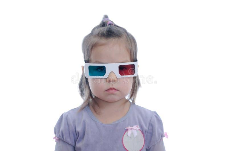 一点3D彩色立体图戏院玻璃的女婴与极化的立体声图象系统的 3d风镜 免版税库存照片