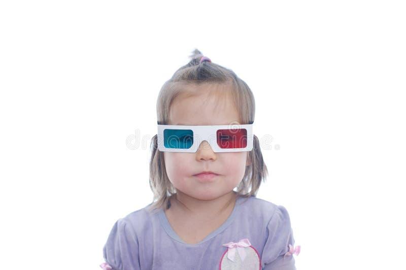 一点3D彩色立体图戏院玻璃的女婴与极化的立体声图象系统的 3d风镜 免版税图库摄影