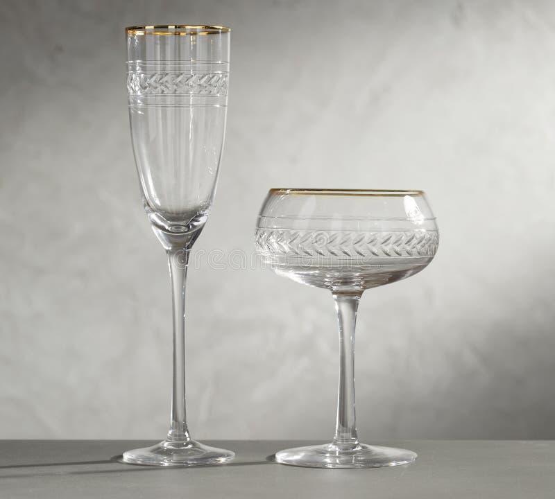 ?? 一玻璃用空和黄酒, 免版税库存照片