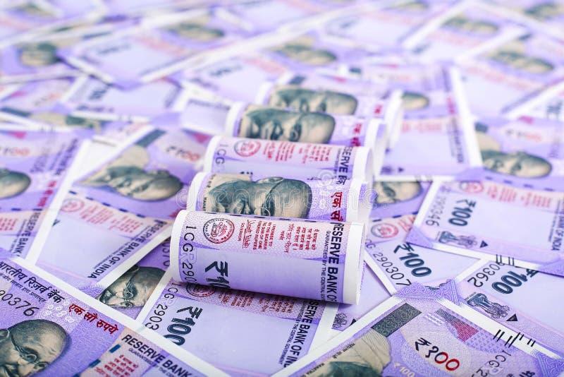 一百新的印度货币 库存照片
