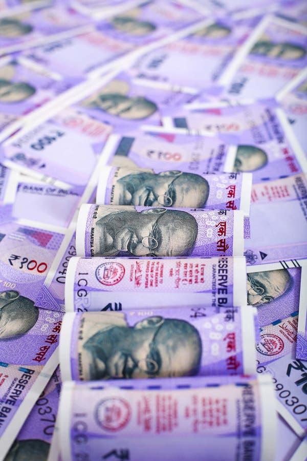 一百新的印度金钱 免版税库存图片
