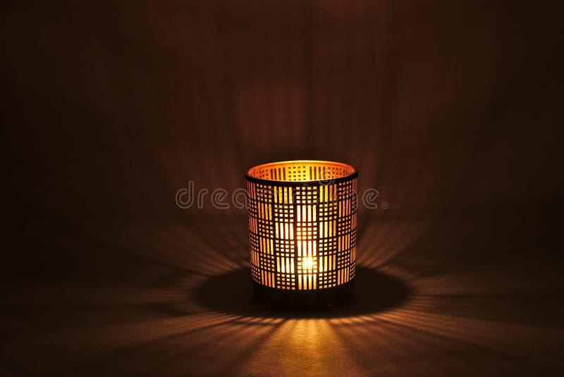 一盏浪漫烛光灯 图库摄影