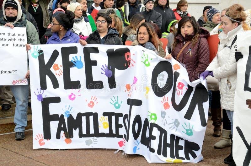 一种移民抗议的西班牙人在威斯康辛 免版税图库摄影