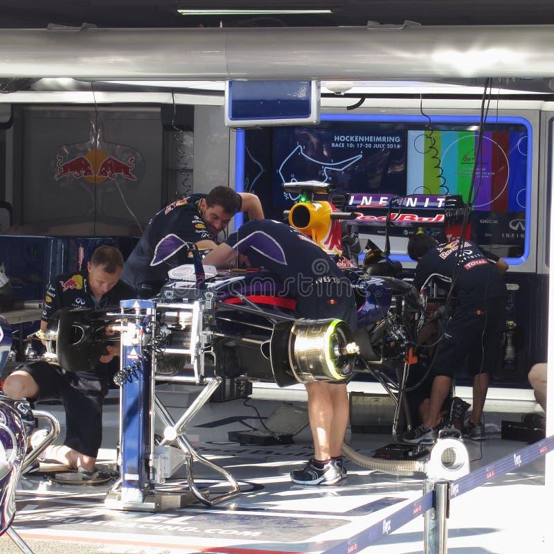 一级方程式赛车赛跑车的F1照片的红色公牛 图库摄影