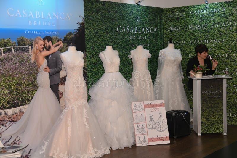 一般大气在卡萨布兰卡春天2020新娘时尚介绍时 库存照片