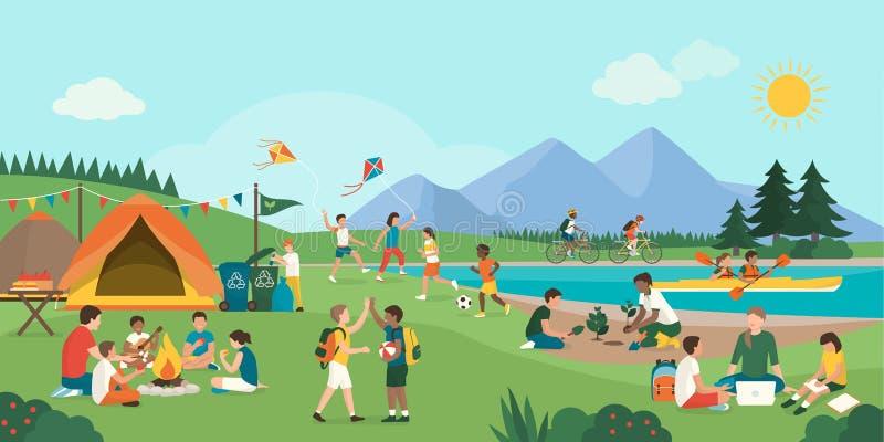 一起享受夏令营的愉快的孩子在山 库存例证