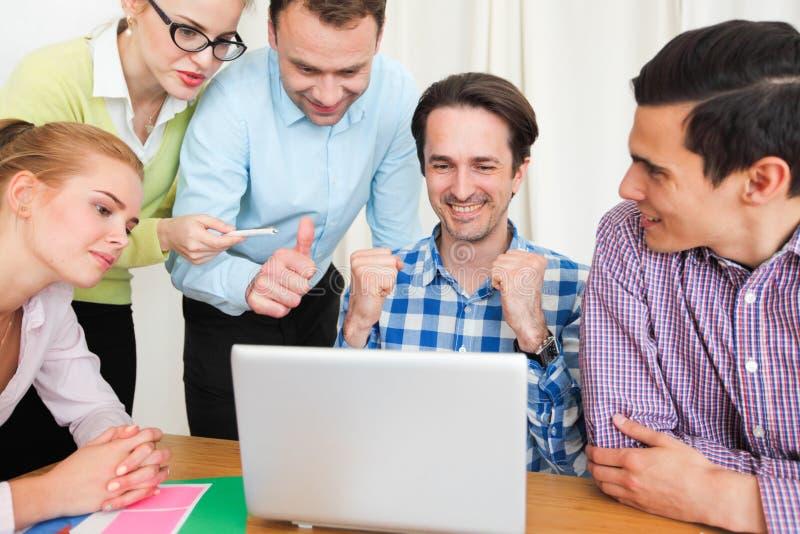 一起企业团队工作 库存图片