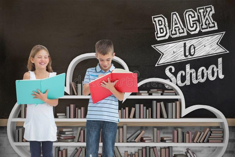 一起做他们的家庭作业的兄弟和姐妹的综合图象 免版税库存图片
