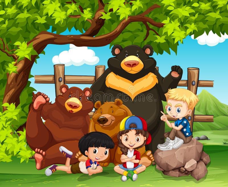 一起孩子和狂放的熊 皇族释放例证