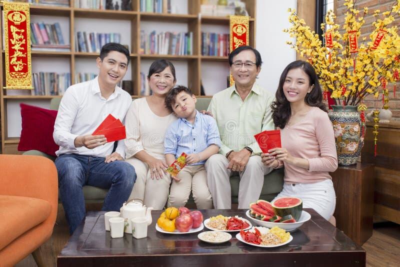 一起家庭tet假日 免版税库存照片