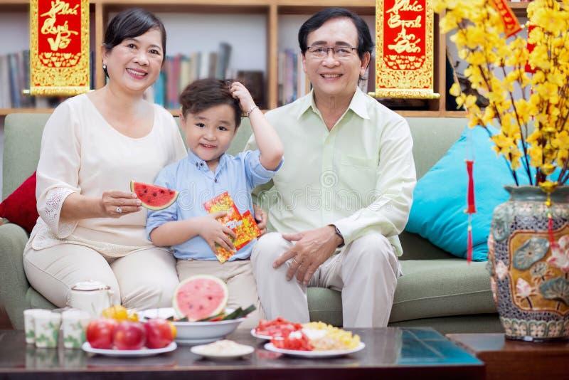 一起家庭tet假日 图库摄影