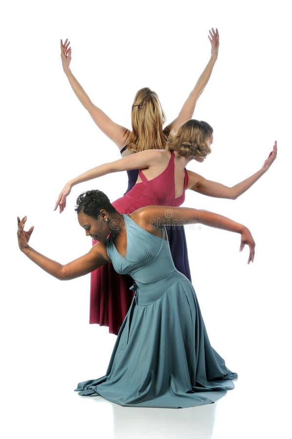 一起执行美丽的舞蹈演员 免版税图库摄影