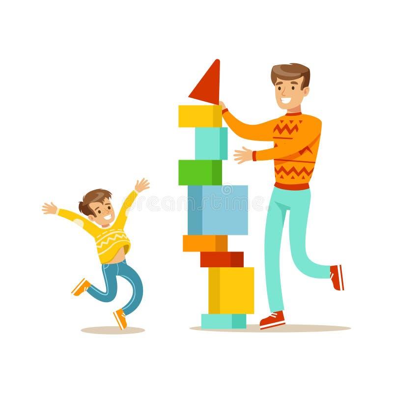 一起建造与块的爸爸和儿子一个塔,有愉快的家庭好时间例证 库存例证