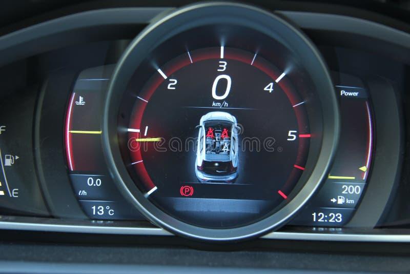 一辆现代汽车的数字式仪表板 库存图片