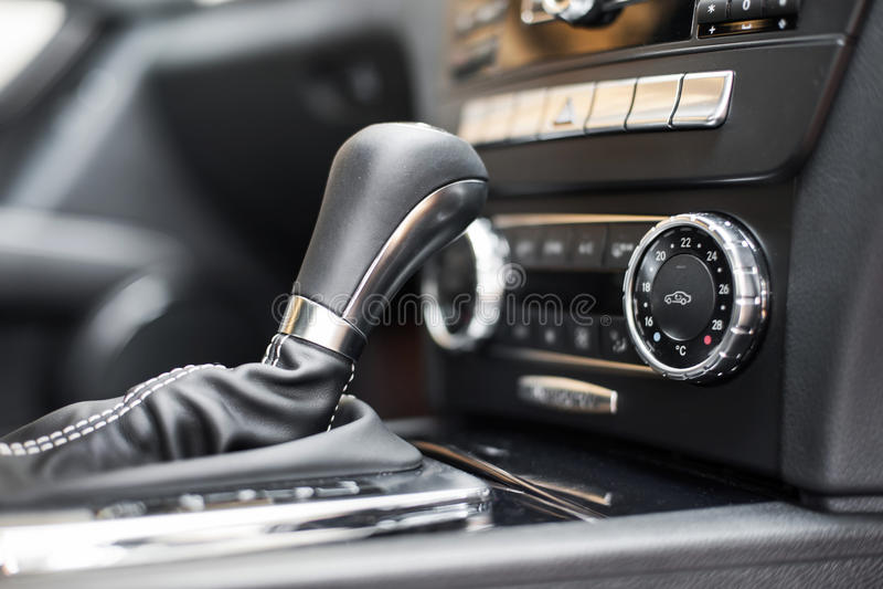 变速杆加上aircon控制 免版税库存照片