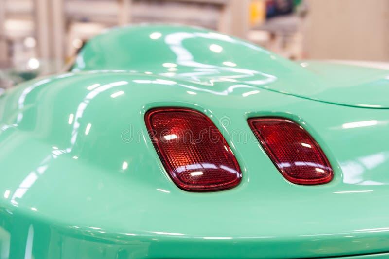 一辆绿色现代跑车 免版税库存照片