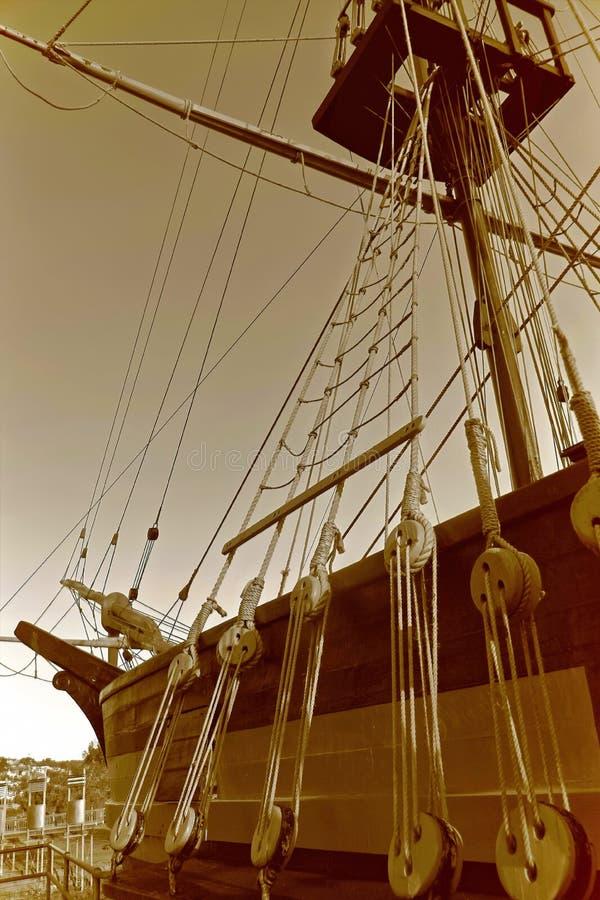 一部分的在sephia口气的船 免版税库存图片