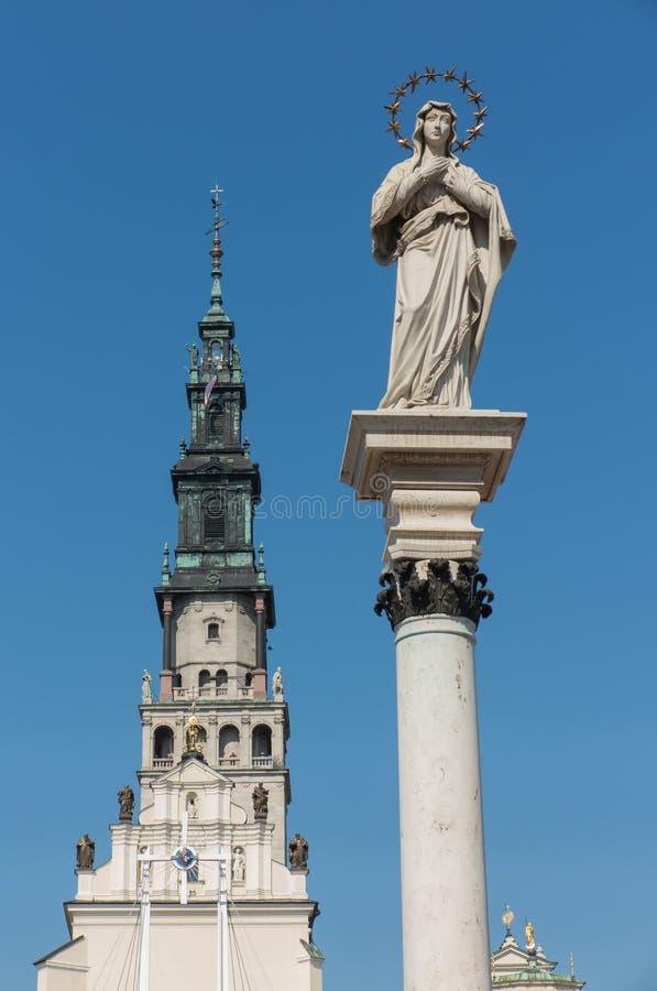 一部分的Jasna Gora修道院在琴斯托霍瓦和statu的 免版税库存图片