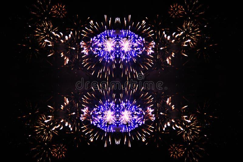 一阵亮紫黄的火光 万圣节,圣诞节,独立日,新年 免版税库存照片