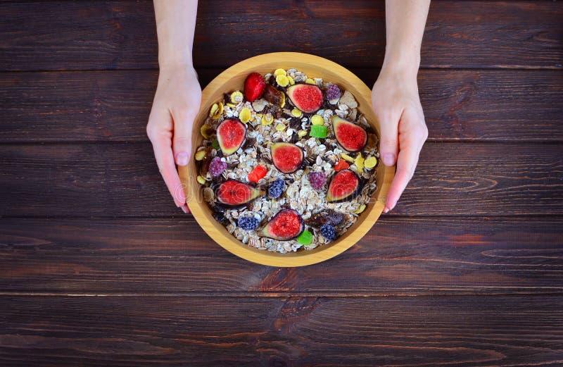 一顿健康健身早餐的概念 免版税库存图片