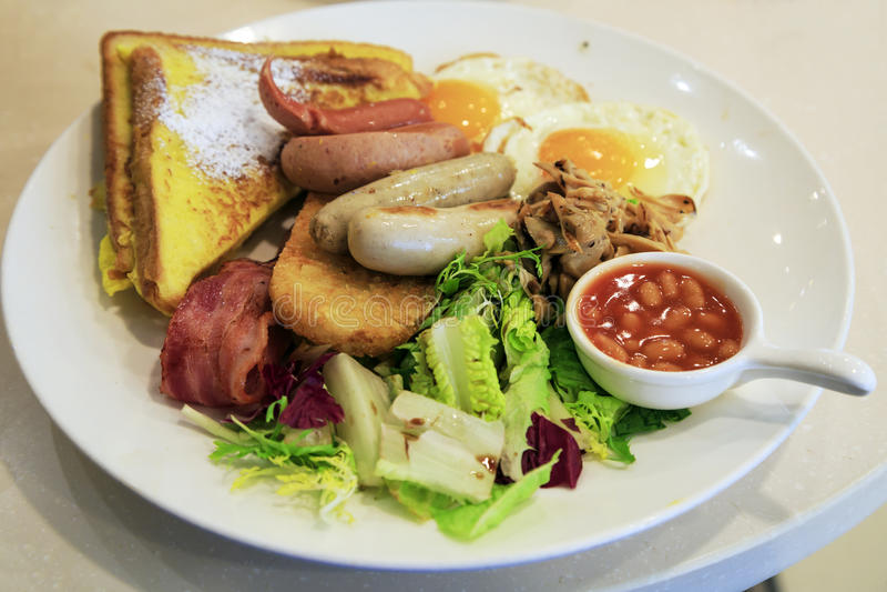 一顿充分的早餐(整天早餐) 免版税库存图片