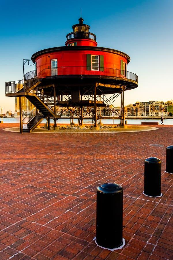 七只脚小山灯塔在内在港口,巴尔的摩,玛丽 库存照片