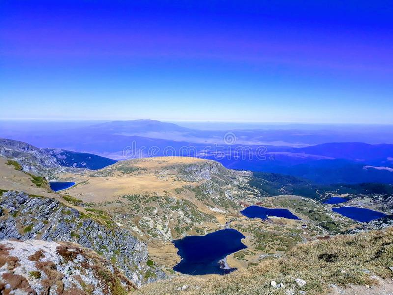 七里拉山脉湖保加利亚 免版税库存照片
