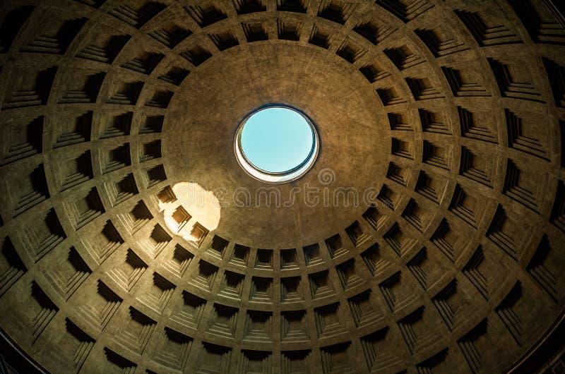 万神殿的圆顶,罗马,意大利 免版税图库摄影