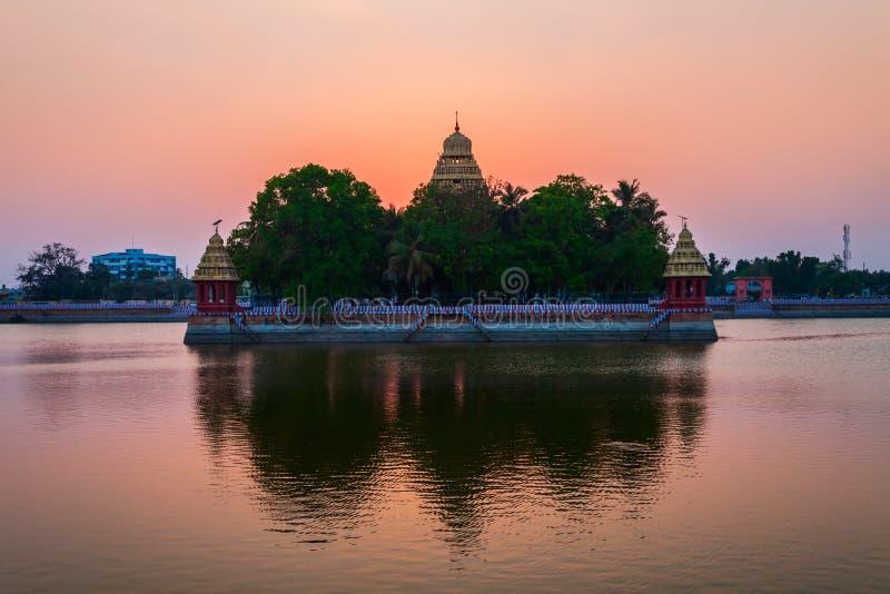 万迪尤尔Mariamman寺庙在马杜赖 免版税库存照片