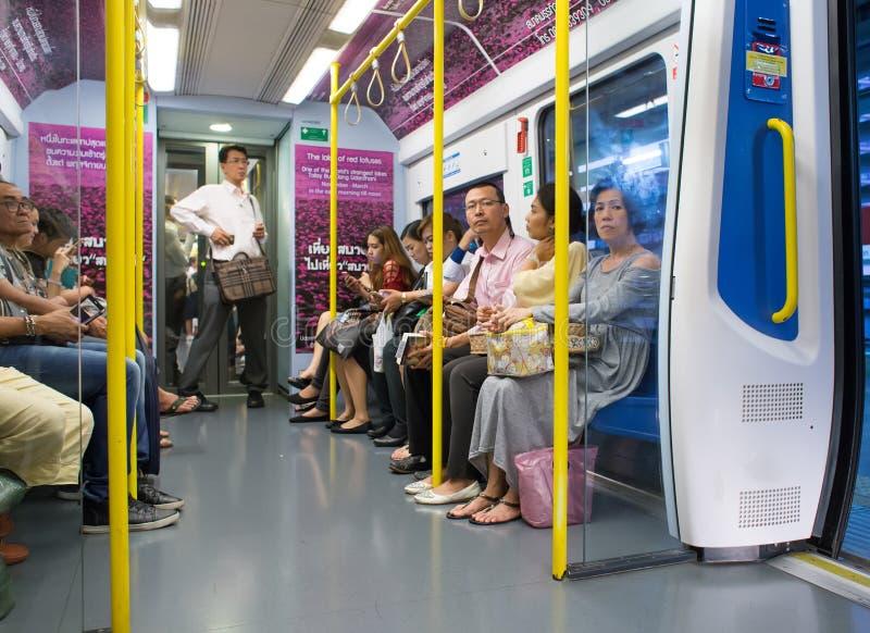 素万那普机场铁路连接火车内部看法  库存图片